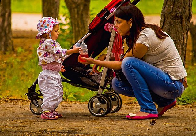 Kupujemy wózek dla dziecka – na co zwrócić uwagę podczas wyboru?